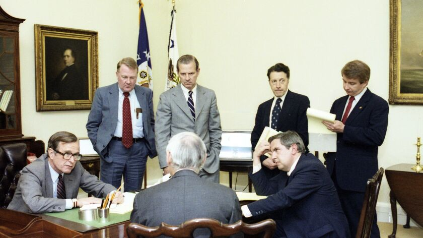 G00550-03A Vice President Bush meets with Ed Meese, James Baker, Larry Speakes and other staff memb