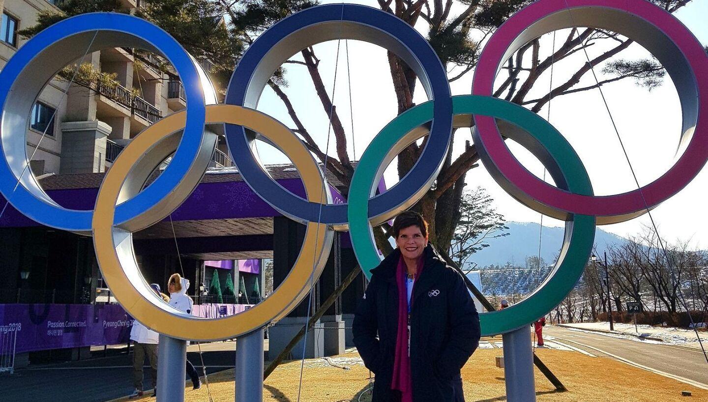 Olímpica en natación sincronizada en Los Ángeles 1984, secretaria general del Comité Olímpico de Aruba desde 1998, fue la primera mujer que accedió a la Ejecutiva de la Organización Deportiva Panamericana (ODEPA), en 1998. Su carrera en el Comité Olímpico Internacional (COI), en el que entró en 2006, ha tomado una velocidad meteórica desde que en 2017 accedió a su Comisión Ejecutiva. Trabaja en las comisiones de coordinación de los dos próximos Juegos Olímpicos, Tokio 2020 y París 2024.