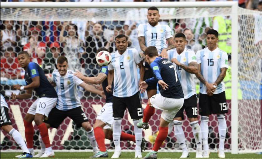 El zurdazo de Antoine Griezmann que hizo temblar a Argentina.
