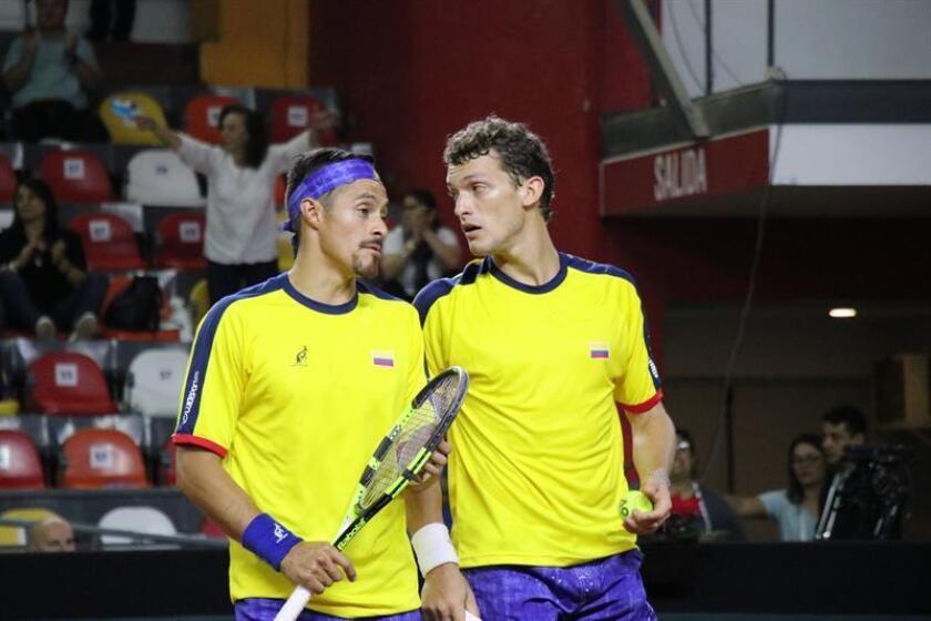 Los tenistas colombianos Cristian Rodríguez (i) y Alejandro Gómez. EFE/Archivo