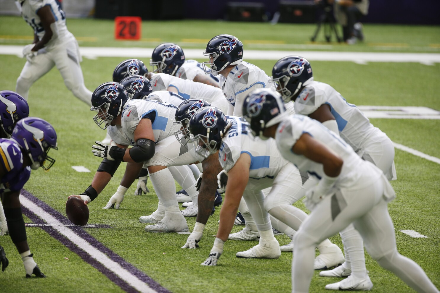 Titans Covid 19 Outbreak Presents The Nfl With A Real Test Los Angeles Times