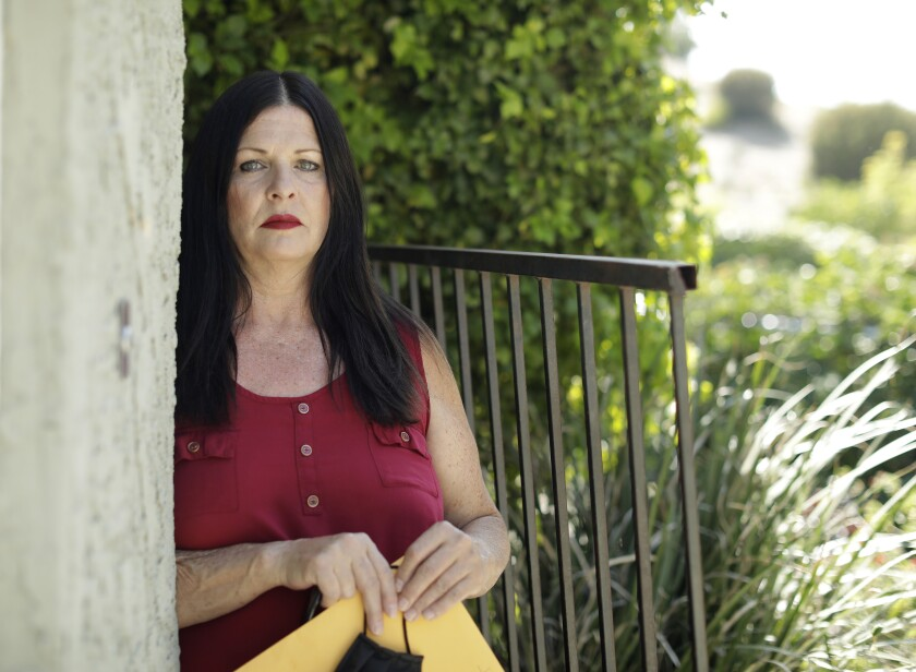 Jamie Ivey filed a lawsuit this week against Hollywood Premier nursing home, where her father died of COVID-19.
