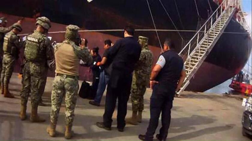 Un buque procedente de Barranquilla y cuyo destino final era Nueva Orleans, en Estados Unidos, fue asegurado con 29 kilogramos de cocaína, informó hoy la Secretaría de Marina-Armada de México. EFE
