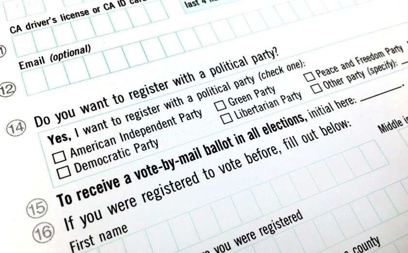A California voter registration form.