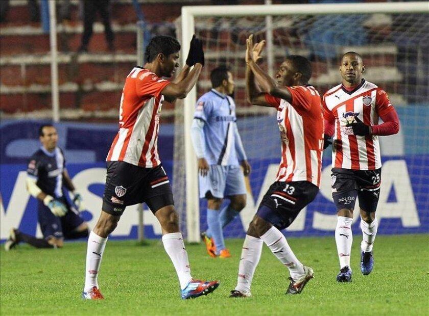 Imagen de archivo de jugadores del Atlético Junior de Colombia festejando un gol. EFE/Archivo