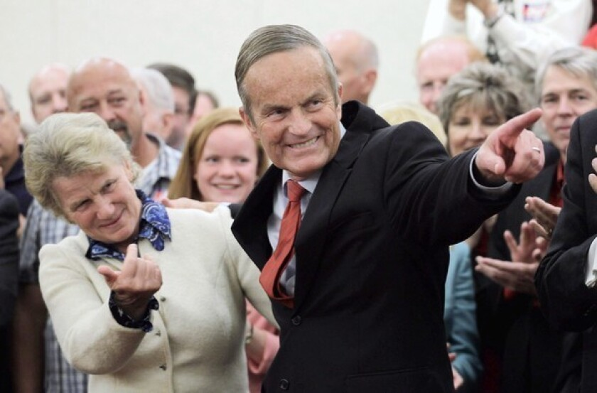 Todd Akin gains support of key conservatives
