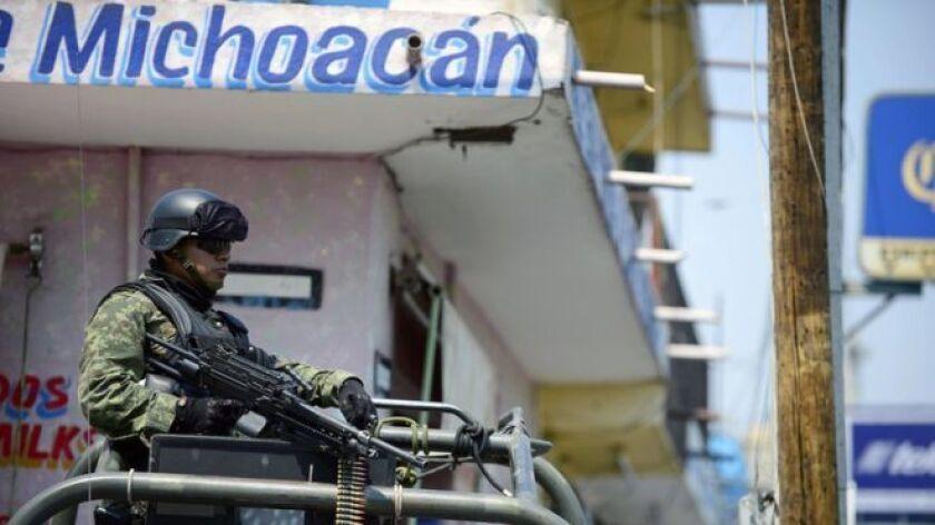 Seis personas decapitadas están entre más de una veintena de personas muertas en hechos violentos durante las festividades navideñas en México.