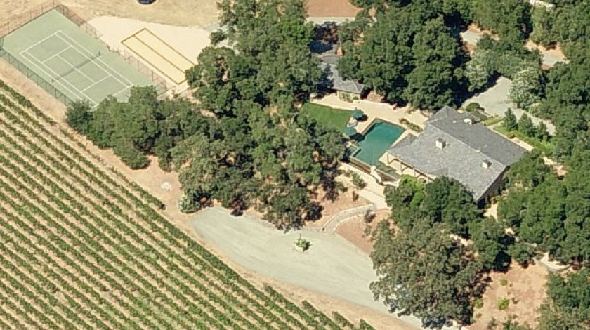 Aerial view of a property owned by Nancy Pelosi