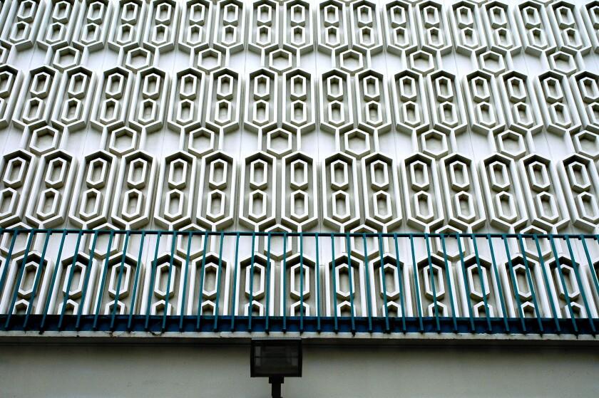 COLLEGE_cal state Fullerton Wall.jpg