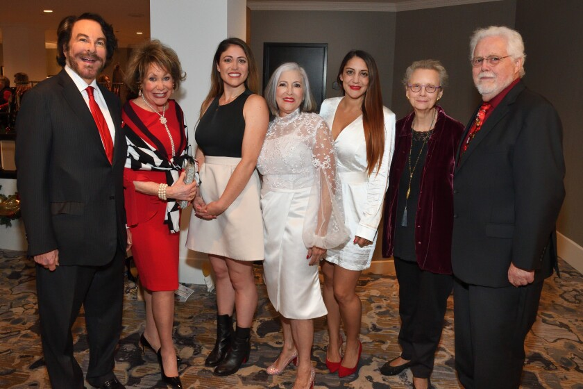 Dr. Howard and Barbara Milstein (presenting sponsors), Malissa Sanfilippo (event co-chair), Maria Stanley (event chair), Cici Stanley (event chair), Dr. Gaynell Laptosky and Anthony DeSalis (he's Arc of San Diego President/CEO)