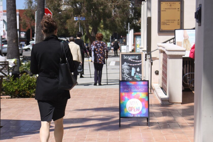 La Jolla's PDO committee recommends adoption of city guidelines on A-frame signs.