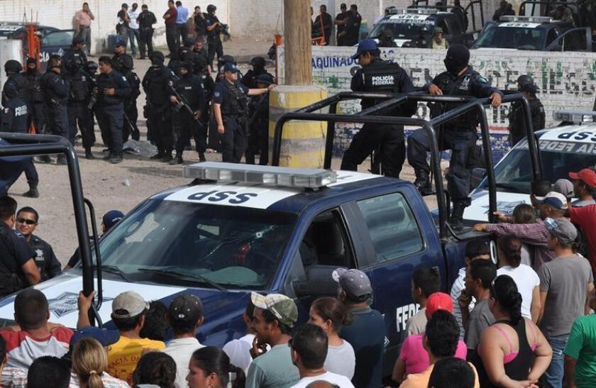 Más de un centenar de pobladores de la comunidad de San Gabriel Momoxtla, en el central estado mexicano de Puebla, lincharon a un presunto ladrón, informaron hoy fuentes oficiales. EFE/Archivo