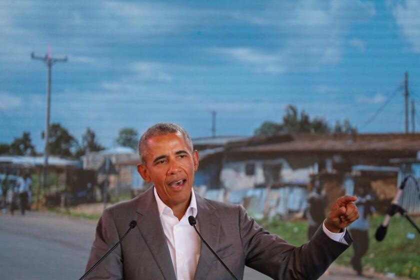 """El expresidente de Estados Unidos Barack Obama invocó este sábado a restaurar la """"cordura"""" en la política nacional, en un discurso que ha sido su primer acto de campaña electoral para las elecciones de noviembre próximo. EFE/ARCHIVO"""