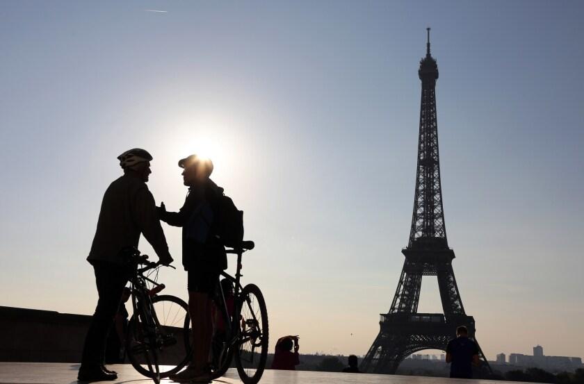 FRANCE-EVNIRONMENT-CAR-FREE-DAY