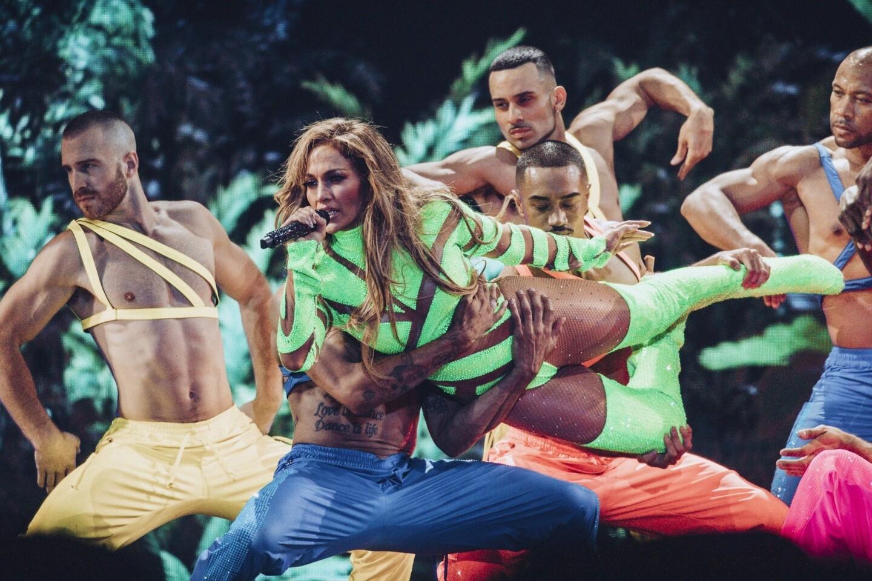 Así celebró Jennifer Lopez en El Forum.