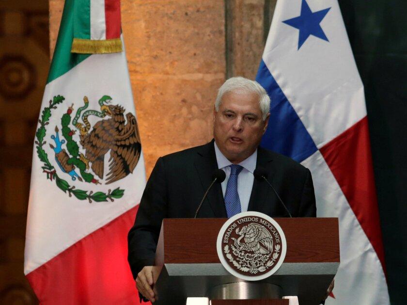 ARCHIVO - El presidente de Panamá Ricardo Martinelli habla en el Palacio Nacional de la Ciudad de México, el 24 de marzo de 2014. REUTERS/Henry Romero/File Photo