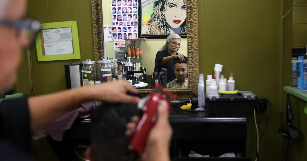 Kolom: Belajar bahasa spanyol di Boyle Heights rambut salon mengingatkan saya apa yang saya suka tentang L. A.