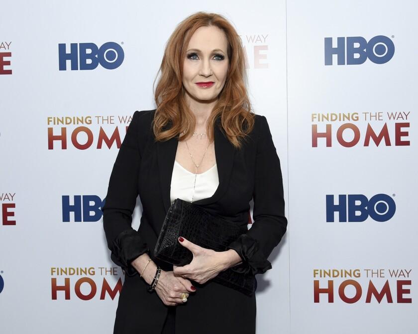 Jk Rowling Es Criticada Por Comentario Sobre Personas Trans San