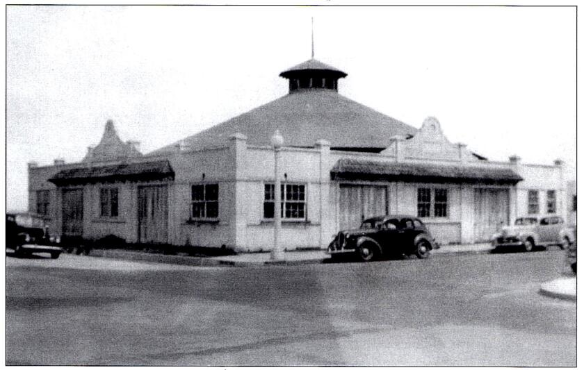 The Ocean Beach merry-go-round building was the site of the Pioneers Picnic and Barbecue.