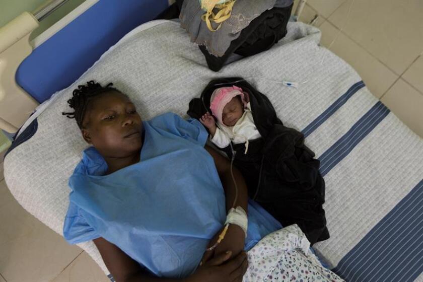"""La inversión en hospitales """"seguros e inteligentes"""" garantiza su operación en los desastres naturales y ayuda a la recuperación de las poblaciones, aseguró hoy la Organización Panamericana de la Salud (OPS). EFE/ARCHIVO"""