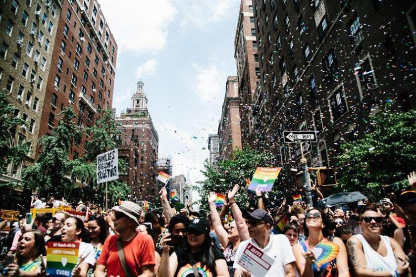 People attend the 49th annual New York City Gay Pride Parade in New York, New York, USA, 24 June 2018. (Nueva York, Estados Unidos) EFE/EPA