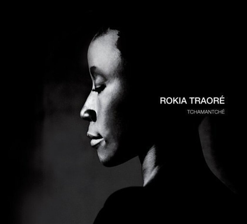 """In this image released by Nonesuch Records, the latest CD by Rokia Traore, """"Tchamantche,"""" is shown. (AP Photo/Nonesuch Records)"""