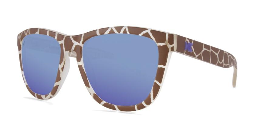 El zoológico de San Diego y Knockaround Sunglasses colaboraron para lanzar unos lentes a beneficio del zoológico.