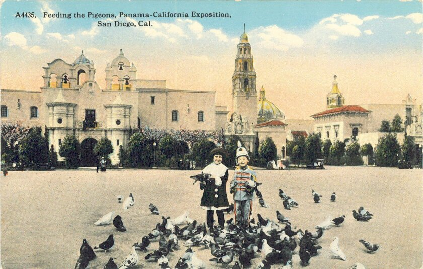 A colorized postcard shows kids and pigeons cavorting in the Plaza de Panama.