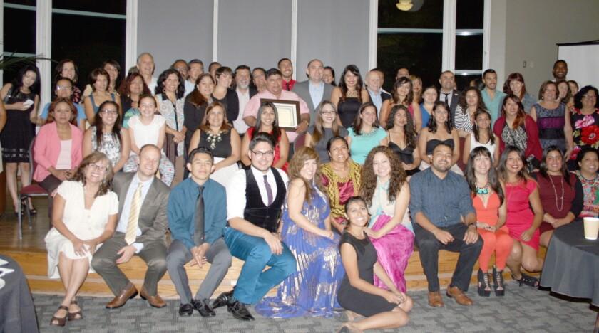 Profesores y exalumnos del programa de Estudios Centroamericanos compartieron grandes momentos en la celebracion del 15 aniversario.