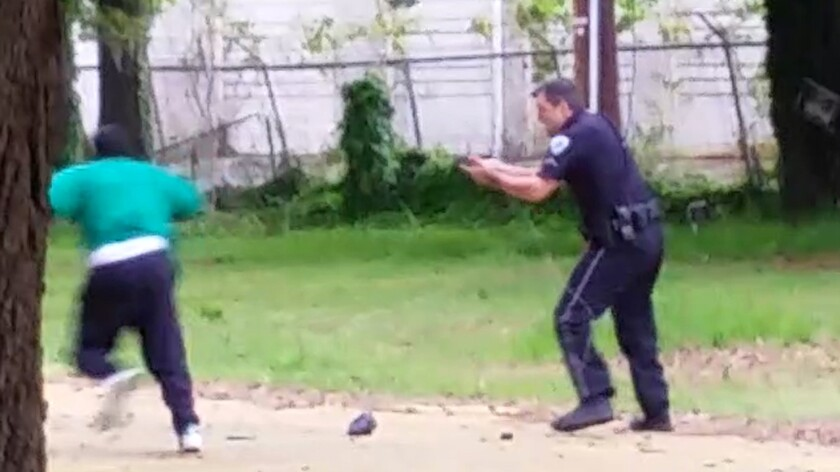 Walter Scott flees North Charleston Police Officer Michael Slager
