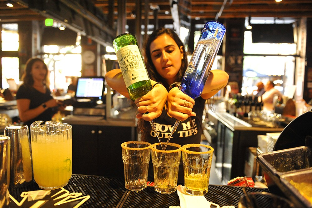 Locals partied with PACIFIC at Cold Beers & Cheeseburgers and enjoyed complimentary appetizers and a hosted happy hour with Milagro Tequila margaritas and Modelos on Thursday, Aug. 22, 2019.