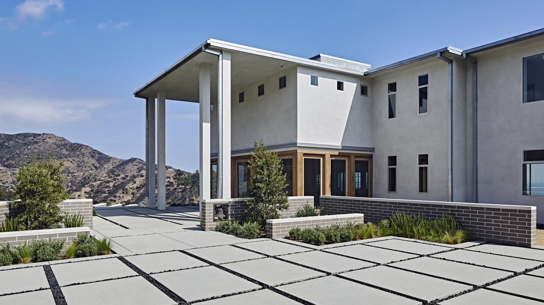 The 'New Castle' in Malibu | Hot Property