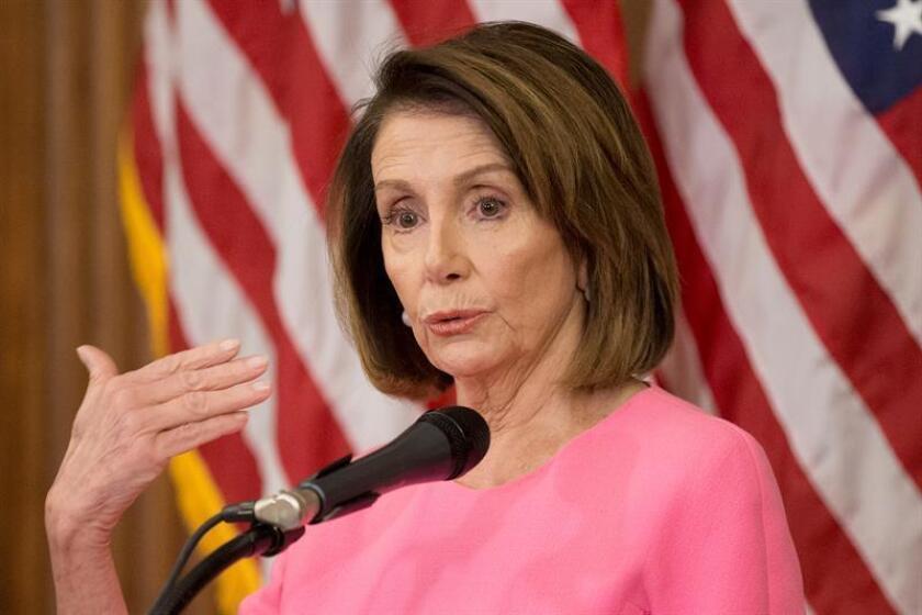 La líder de la minoría de la Cámara de Representantes, Nancy Pelosi, haba en conferencia de prensa. EFE/Archivo