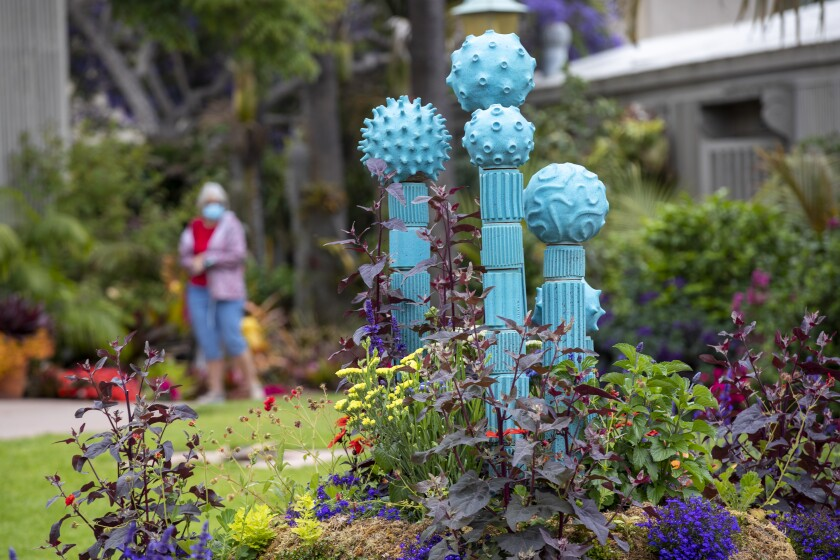 """Sculptura Botanica"" at Sherman Library & Gardens"