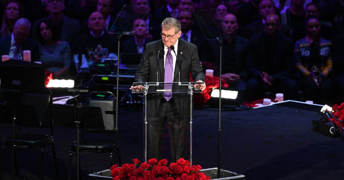 Read Geno Auriemma's speech from the Kobe Bryant memorial