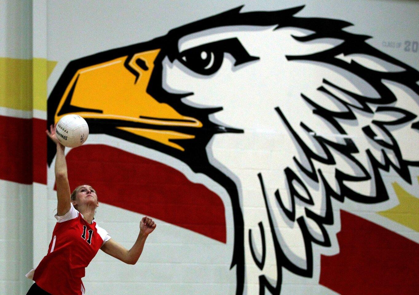 Santa Fe Christian vs. Mission Hills CIF Girls Volleyball Playoffs