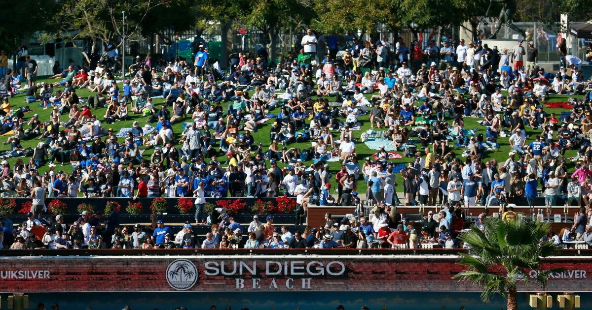Padres notes: Looking to bring fans to Petco Park; considering earlier start times