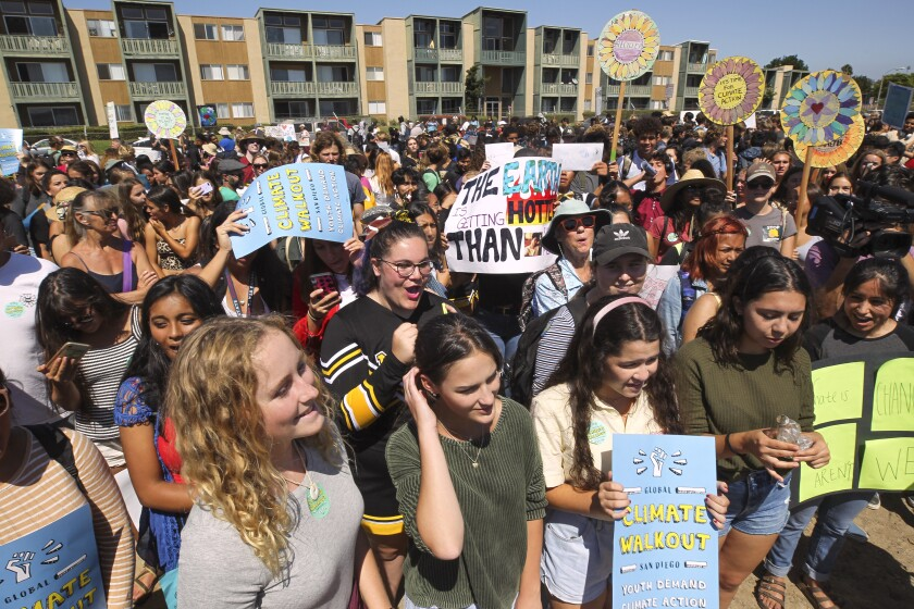 Hundreds of students across San Diego county strike against climate change - The San Diego Union-Tribune