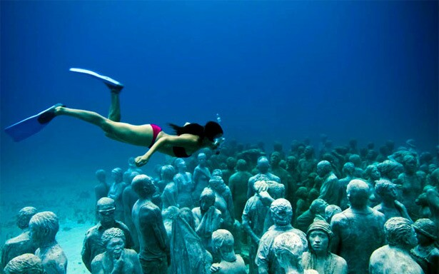 By Michael Robinson, Los Angeles Times Cancun, Mexico, has a new tourist destination that combines sculptures and ... snorkeling?