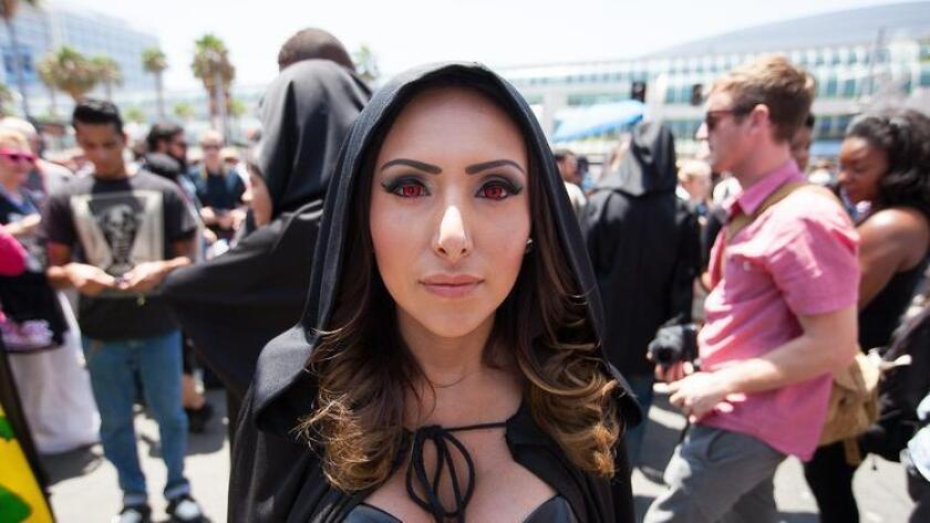 On the Streets of Comic-Con: Day 3 (Michael DiDia)