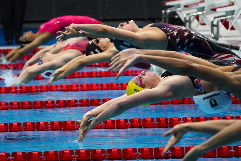 Emily Seebohm, of Australia, swims in a women's 200-meter backstroke semifinal at the 2020 Summer Olympics, Friday, July 30, 2021, in Tokyo, Japan. (AP Photo/David Goldman)