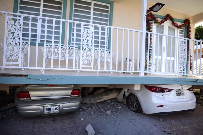 APTOPIX Puerto Rico Earthquake