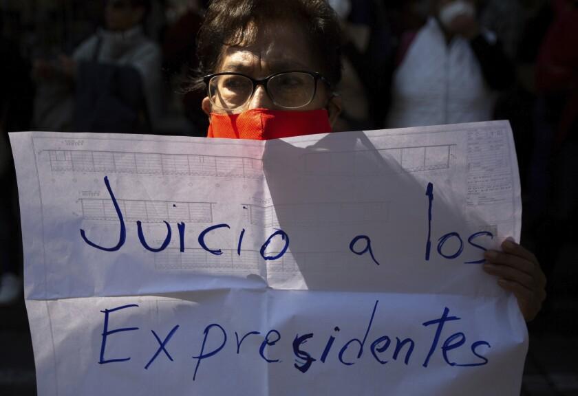Un partidario del presidente de México, Andrés Manuel López Obrado