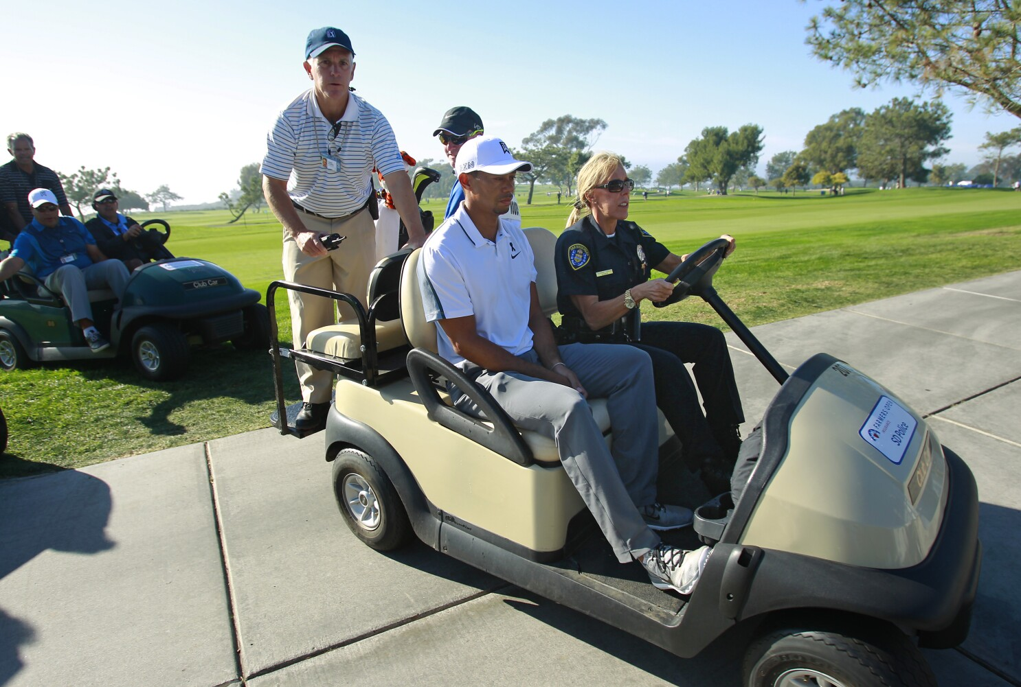 Column: Farmers Open fixture: San Diego Police officer Ganley bounces from flowers to fugitives to fairways