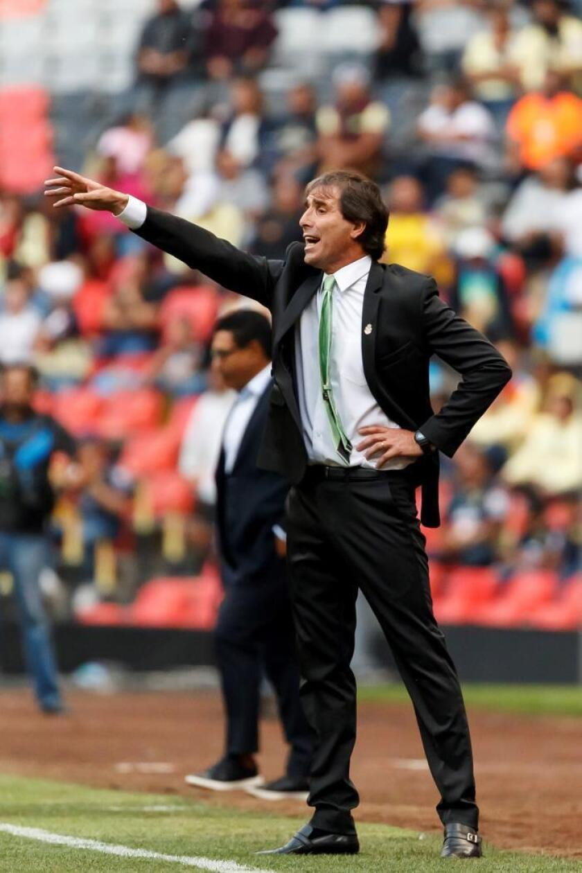 El uruguayo Almada promete que el Santos buscará los partidos en el Apertura