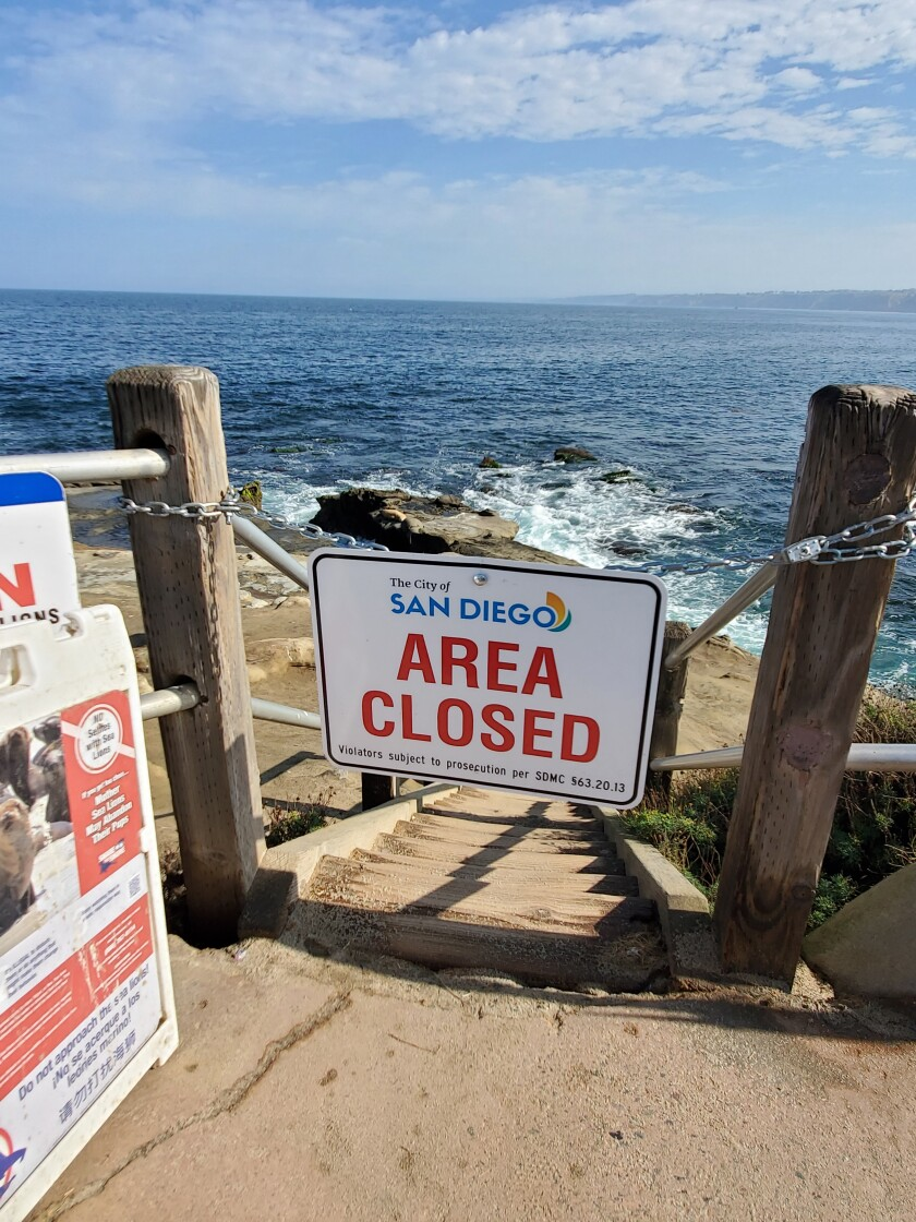The stairs from which the cliffs were previously accessible are closed with a sign and a chain.