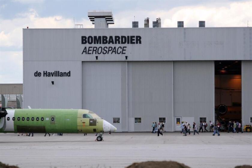 El fabricante aeronáutico canadiense Bombardier anunció hoy la firma de una carta de intención para la venta a EgyptAir de un total de 24 unidades del aviones de pasajeros CS300. EFE/ARCHIVO
