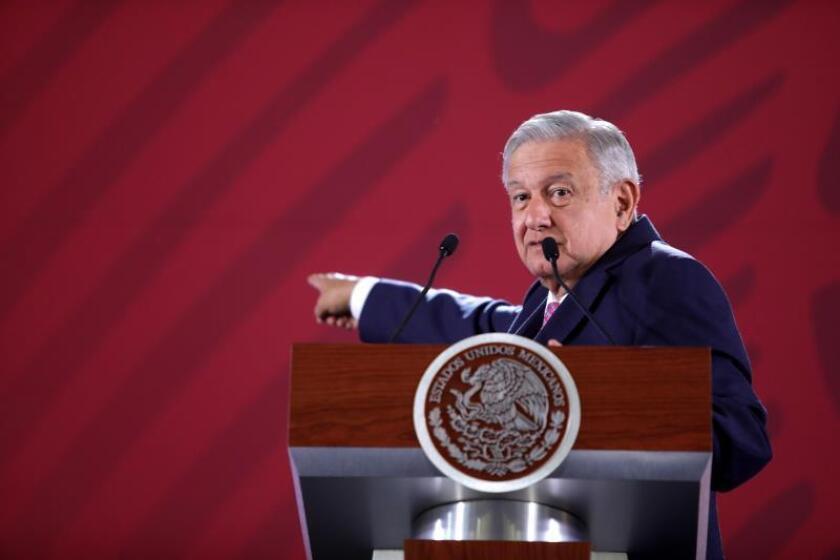 López Obrador asegura que hay una deuda con los deportistas mexicanos
