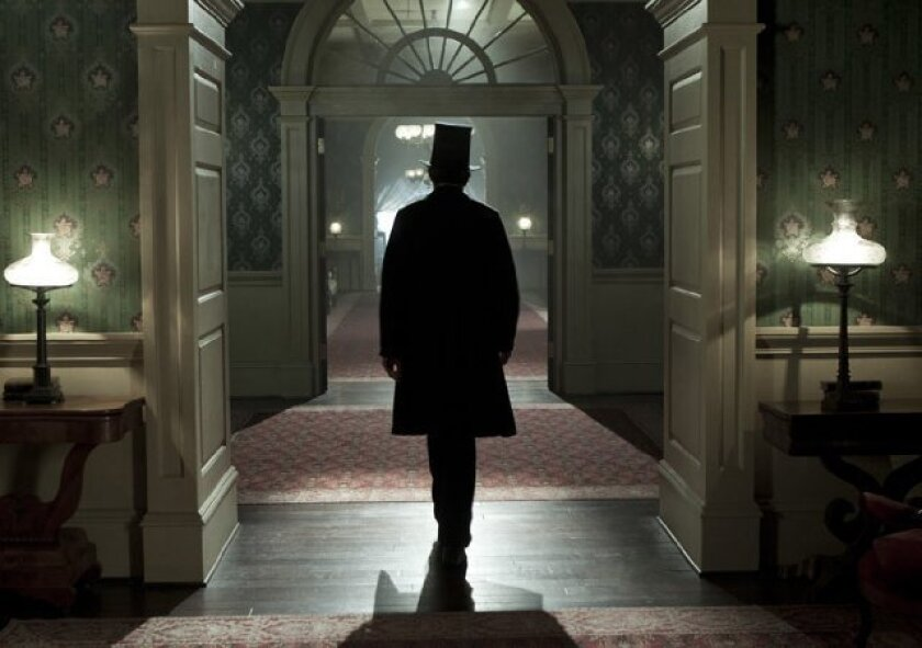 Golden Globes 2013: 'Lincoln' anchors best picture nominees