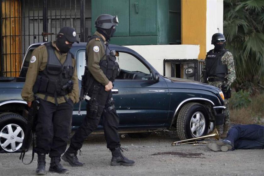 Nueve personas fueron asesinadas en tres hechos diferentes en menos de dos horas en el puerto de Mazatlán, noroeste de México, confirmó hoy la Procuraduría General de Justicia del Estado. EFE/STR